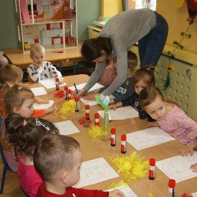Przedszkolaki witają wiosnę 57