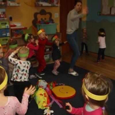 Przedszkolaki witają wiosnę 40