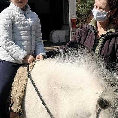 Przedszkolaki z koniem 1