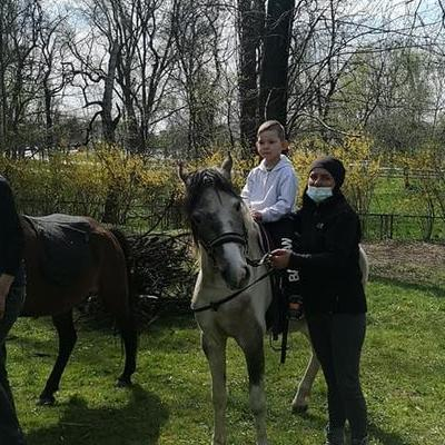 Przedszkolaki z koniem 24