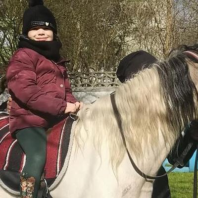 Przedszkolaki z koniem 2
