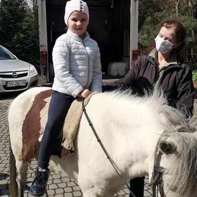 Przedszkolaki z koniem 20