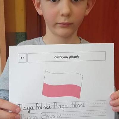 Przedszkolaki z flagą 29